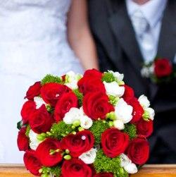 Milujete sa a chcete sa tajne vziať? Tajná rýchla svadba na matrike, či mimo