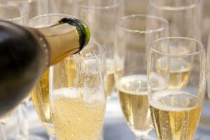 Objednávate, alebo pijete šampanské? Pozor, nemýľte si ho so sektom